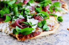 Fig-Prosciutto Pizza with Arugula