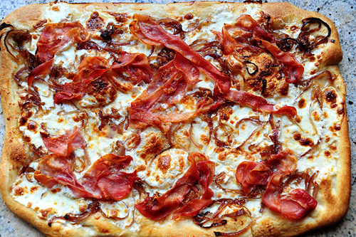 Caramelized Onion & Prosciutto Pizza