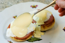 How To…Make Blender Hollandaise Sauce