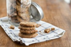 Brown Butter {Whole Wheat} Chocolate Chip Cookies