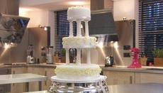 Traditional spring wedding cake
