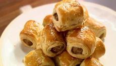 Totally lazy mini sausage rolls