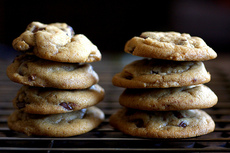 crispy chewy chocolate chip cookies
