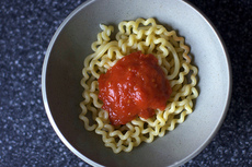 tomato sauce with onion and butter
