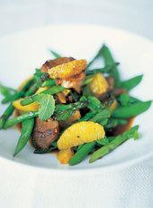 Stir-fried duck with sugar snap peas & asparagus