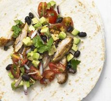 Soft chicken tacos with black bean salsa