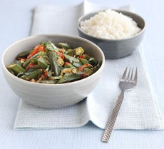 Spiced okra curry