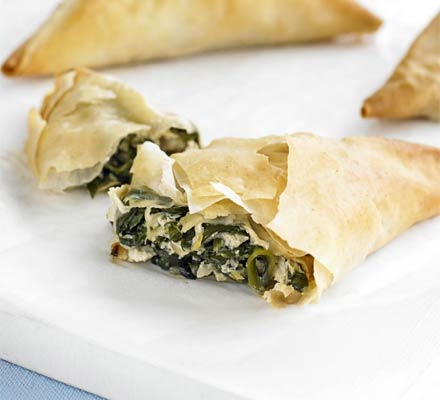 Ricotta & spinach filo parcels | Bottomless Bites