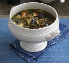 Roast root vegetable & green lentil soup