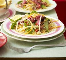 Beef & green papaya salad