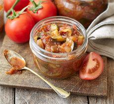 Courgette & tomato chutney