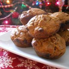 Easy Pumpkin Cinnamon Chip Muffins
