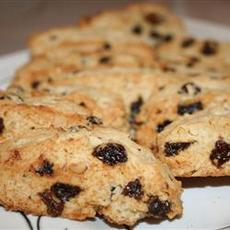Easy Walnut Raisin Biscotti