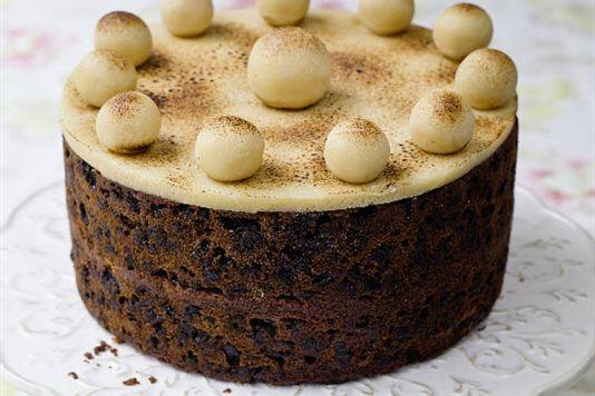 Lisa Faulkner's simnel cake recipe | Bottomless Bites