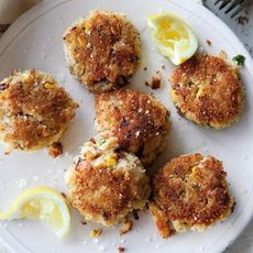 Crab and Corn Cakes with Sweet and Spicy Dipping Sauce