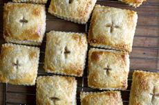 rhubarb cream cheese hand pies