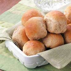 Honey-Oat Pan Rolls Recipe