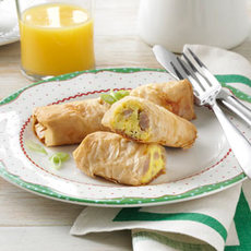 Country Sausage & Egg Rolls Recipe