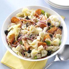 Pepperoni-Artichoke Pasta Salad Recipe