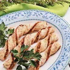 Ham 'n' Cheese Biscuit Twists Recipe