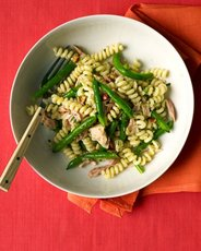 Pasta with Green Beans and Tuna