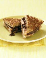 """Panini"" with Banana and Chocolate Hazelnut Spread"