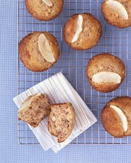 Chunky Apple Muffins