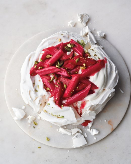 Pavlova with Rhubarb and Pistachios