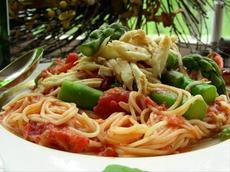 Spaghettini W/Crab, Asparagus & Sun-Dried Tomatoes