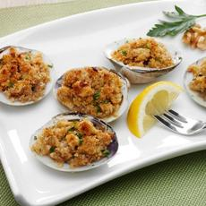 Baked Clams With Walnuts