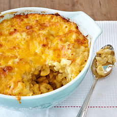 Classic Baked Macaroni and Cheese