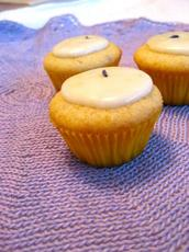 Lavender Lemon Cupcakes (With Icing)