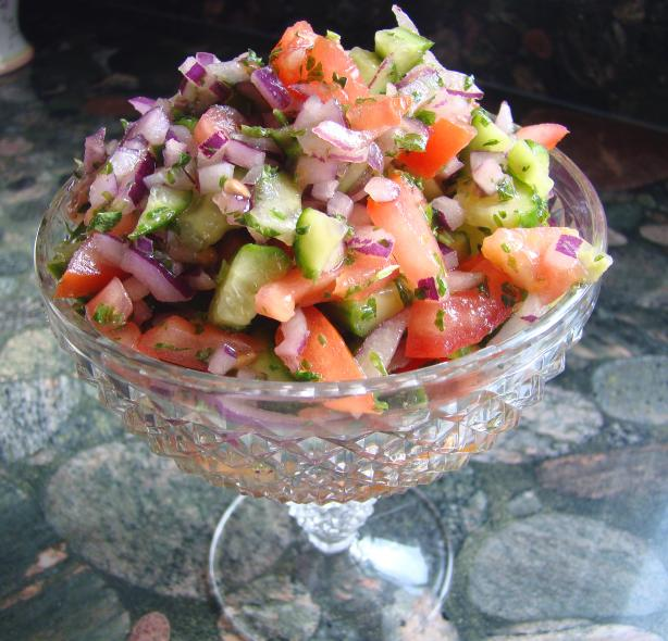 Persian Tomato and Cucumber Salad (Salad Shiraz)