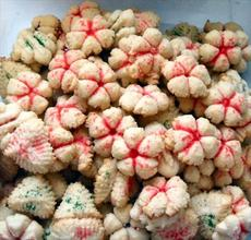 Fruity Spritz Cookies made with Jell-O