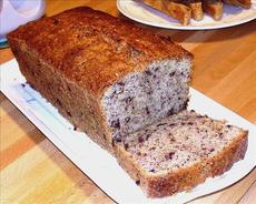German Coffee Cake With Nuts and Chocolate ( Nusskuchen )