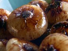Cipollini Onions Braised in Red Wine