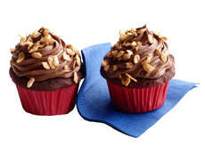 Crunchy Chocolate Malt Cupcakes