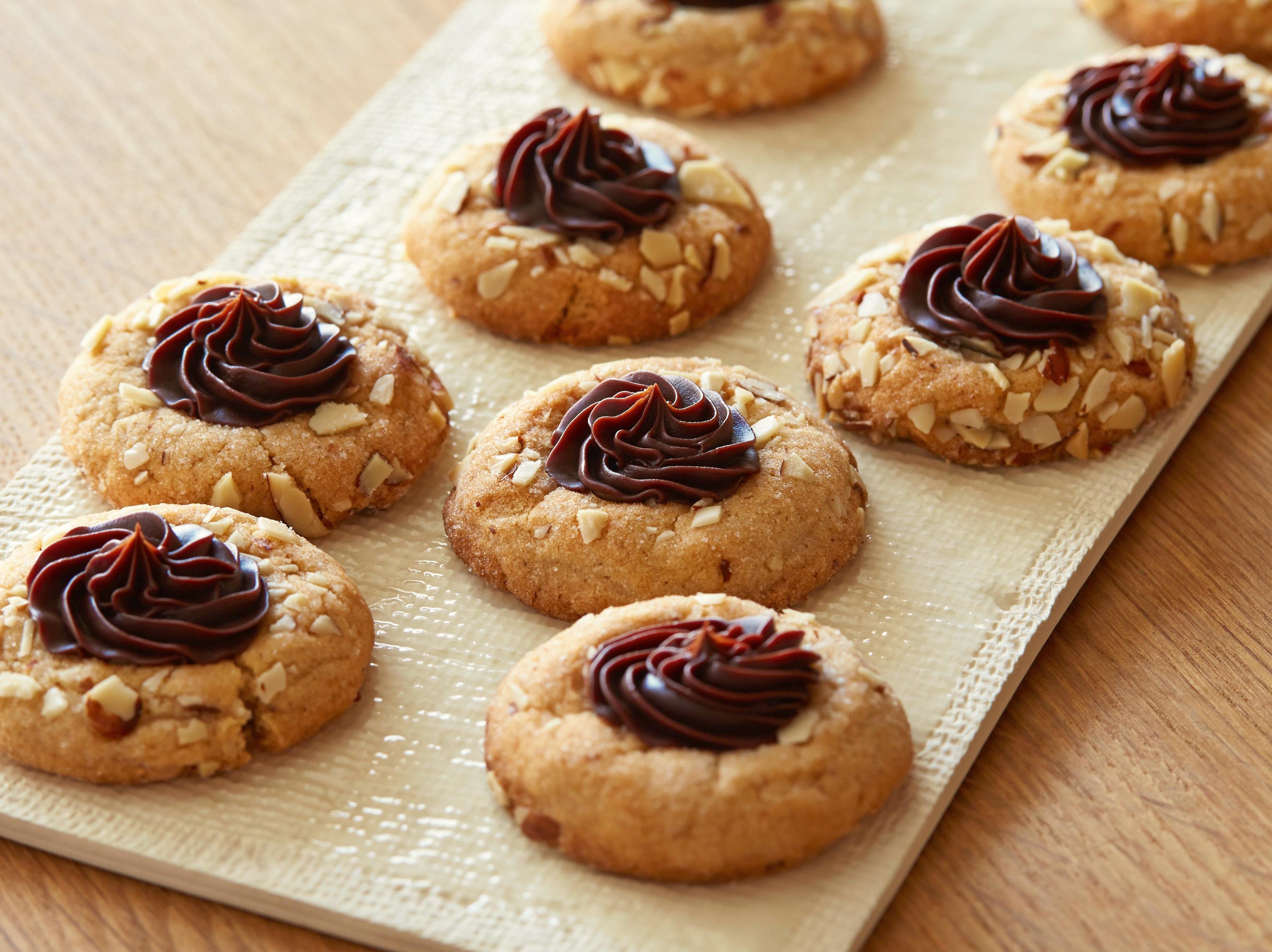 Миндальное новогоднее печенье рецепты