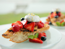 Sweet and Crispy Spiced Bread and Berries