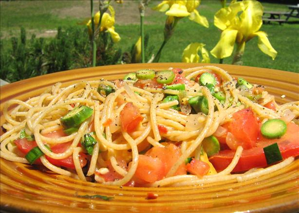 Spaghetti With Uncooked Tomato Sauce Southwestern Style