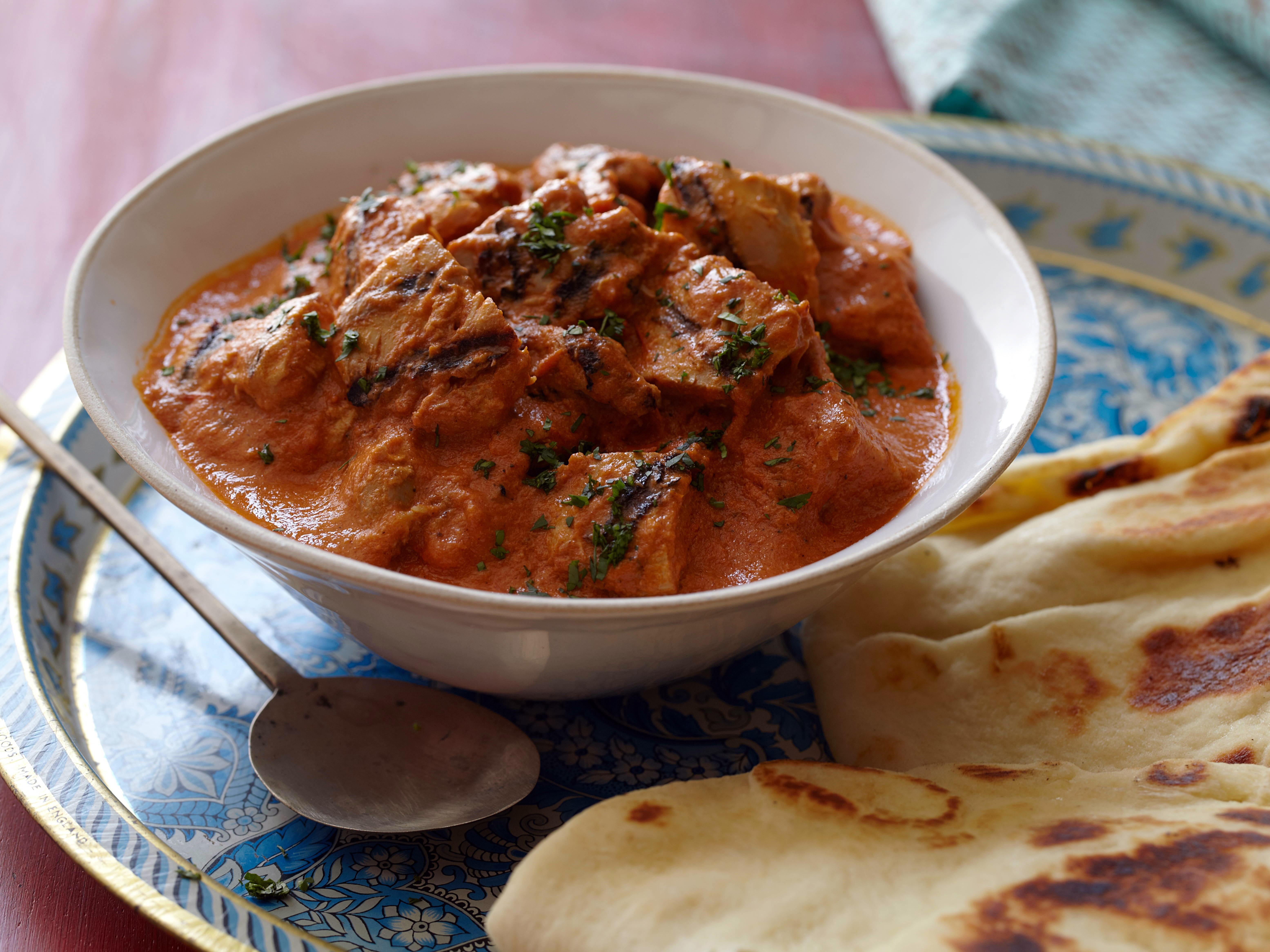 Chicken in Creamy Tomato Curry: Chicken Tikka Masala