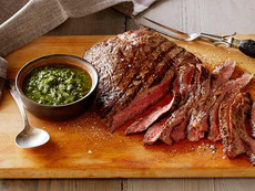 Argentinean Steak with Parsley Sauce: Carne y Chimichurri