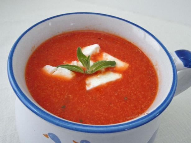 Very Quick Tomato and Roasted Capsicum Soup