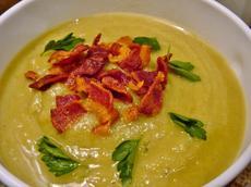 Creamless Cauliflower Leek Soup