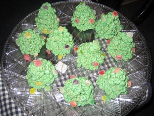 Cheerio Christmas Trees