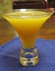 Stoli Honey Bee (Cocktail)