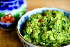Magic Bullet Speedy Guacamole
