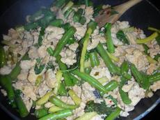 Thai Chicken Stir-Fry - 4 Points